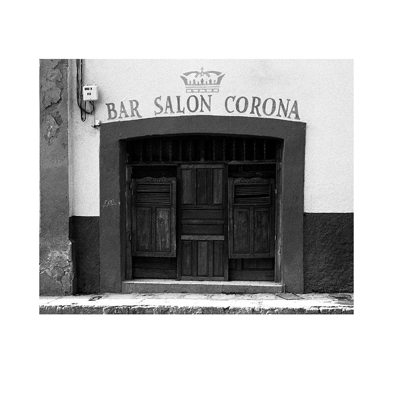 Salon Corona